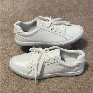 Brand New Women's Nautica Sneakers Size 9.5